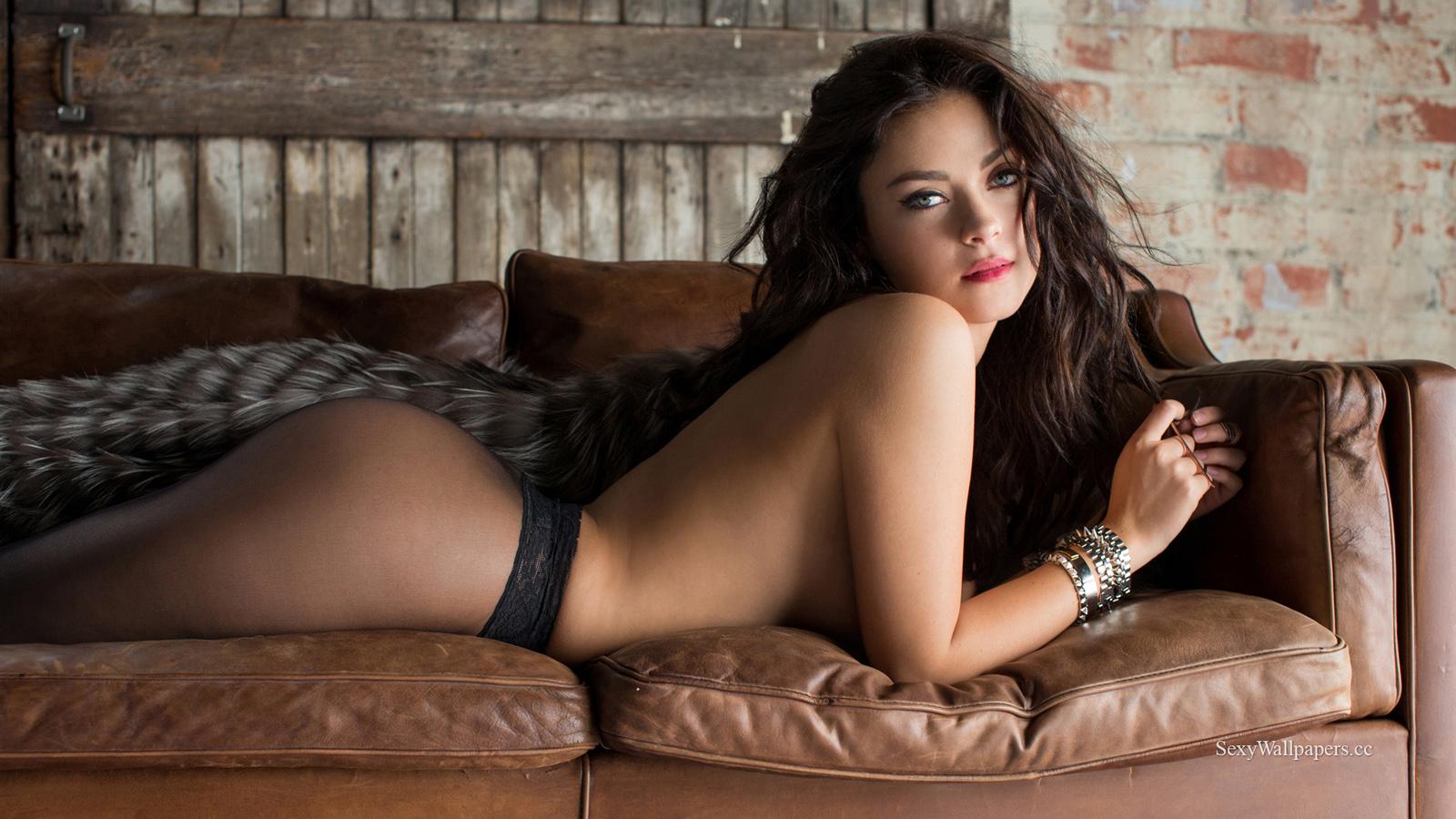 Alexandra Tyler sexy wallpaper 1600x900