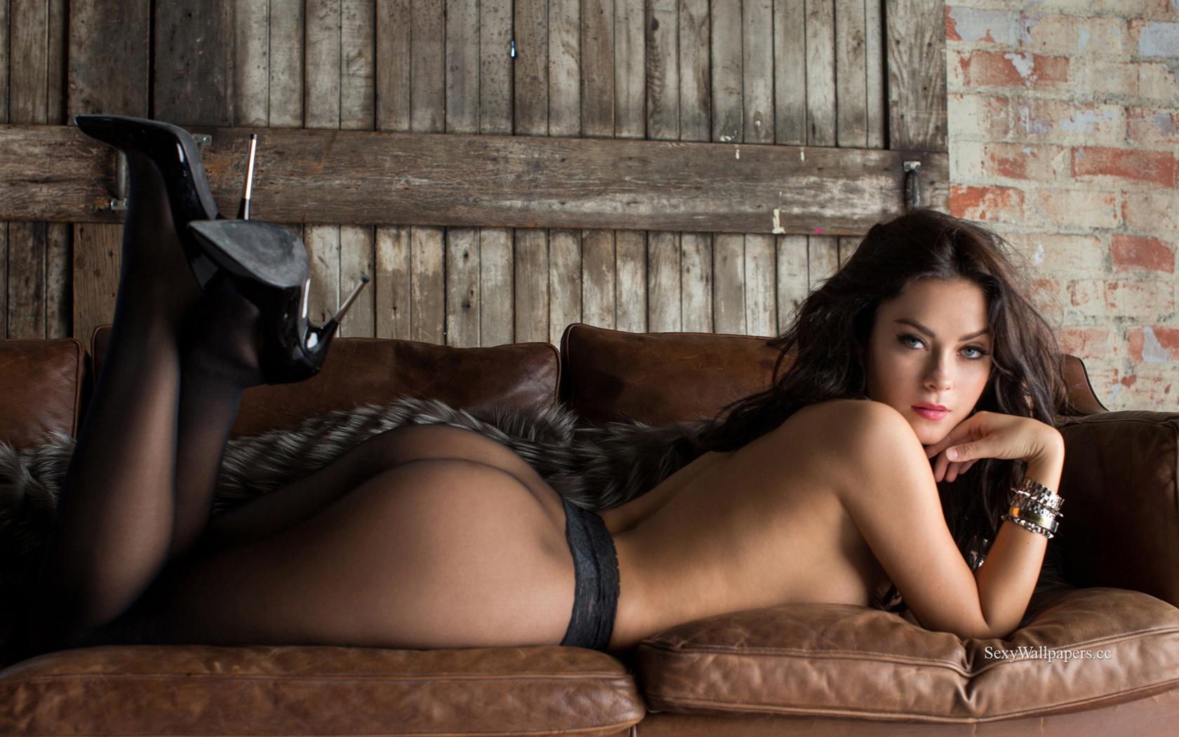Alexandra Tyler sexy wallpaper 1680x1050