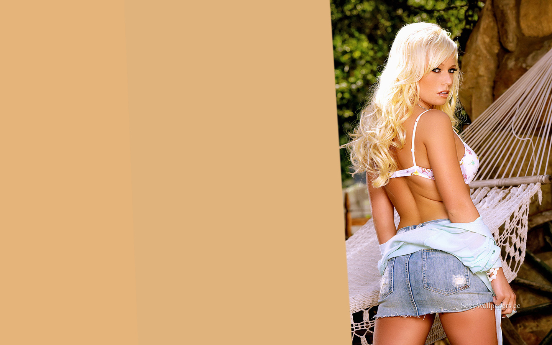 Angelina Ashe sexy wallpaper 1440x900