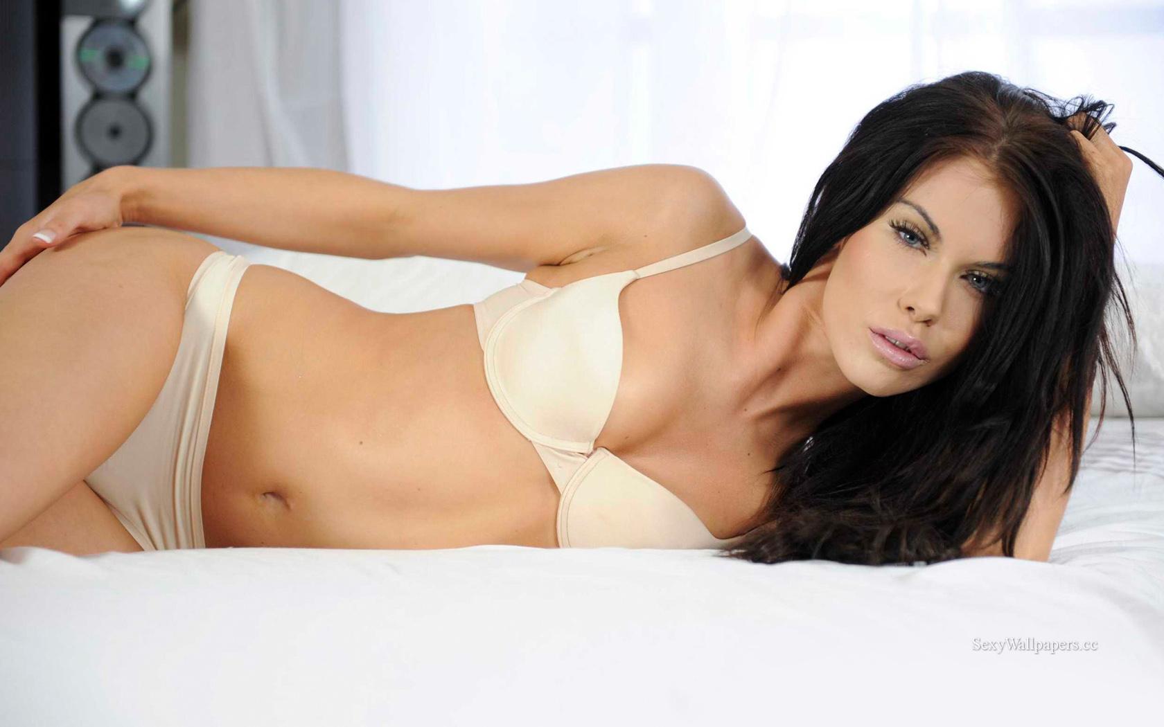 Megan Coxx sexy wallpaper 1680x1050