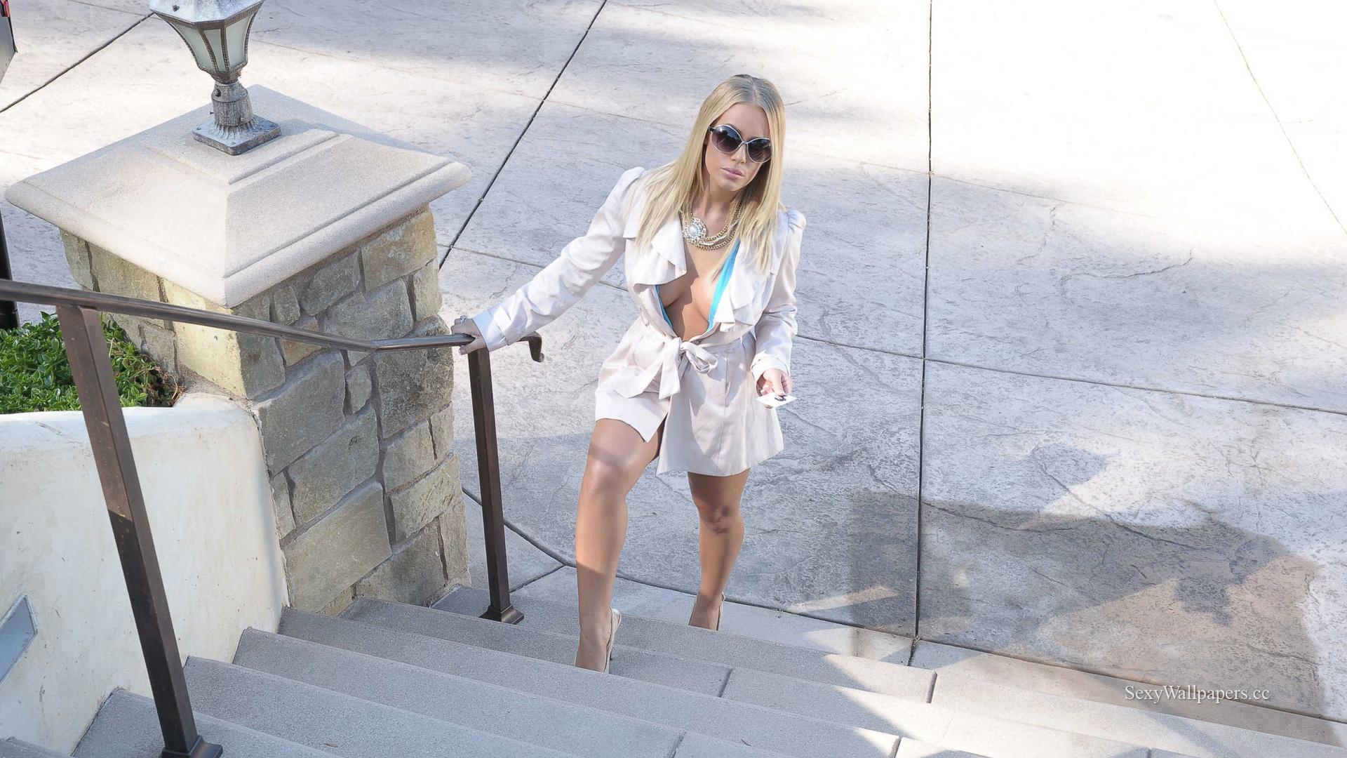 Nicole Aniston sexy wallpaper 1920x1080 HD